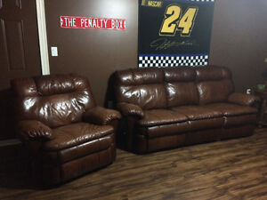 Recling leather sofa set