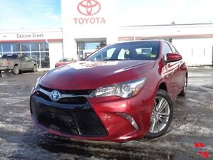 2015 Toyota Camry Hybrid SE model ONE OWNER CLEAN CARPROOF