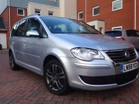 Vw touran 1.4 tsi automatic 1 lady owner from new 28k