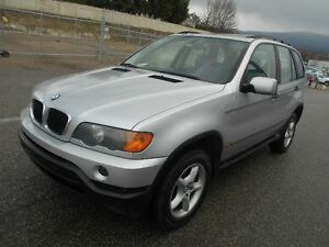 2001 BMW X5 AWD V6 3.0i Excellent Condition In & Out