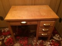 Old teachers desk in great condition .125.00/obo