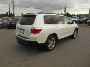 2013 Toyota Highlander Sport AWD Peterborough Peterborough Area image 6