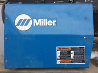 WELDER MILLER XMT350 CC/CV AUTOLINE  Used and in excellent condi