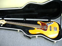 Fender USA 4 String bass for sale(New Price)