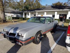 Pontiac, GMC 2+2 1986