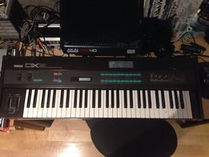 Synth Yamaha DX9