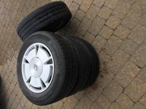 4 pneus 195 65 15 monter sur rims Civic