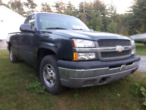 2003 pick up chevrolet silverado v8 4.8l 176000km
