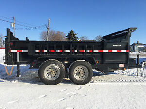 Like new dump trailer