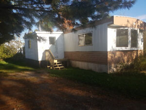 Clean Well Maintained Mobile Home