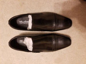 Selling Emiliano Dress Shoes for $110. Made of genuine leather.