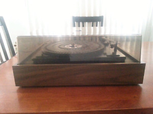Table tournante / turntable BSR.