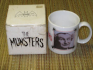 THE MUNSTERS GRANDPA TV SHOW CERAMIC COFFEE MUG WITH BOX