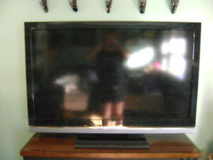 SONY BRAVIA 52(NOT WORKING)