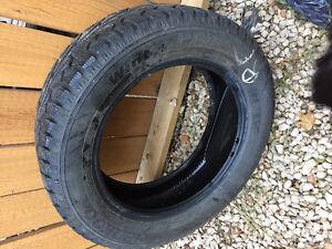 P215/60R17 95T Hankook Winter Tires