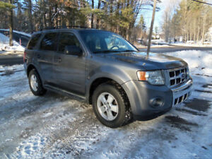 2010 FORD ESCAPE XLT V6 4X4