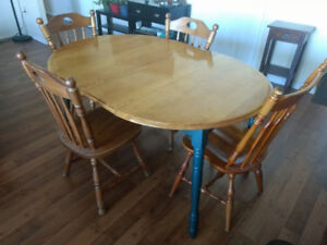 Wooden dining table and 4 chairs- 58X39 and 29ht