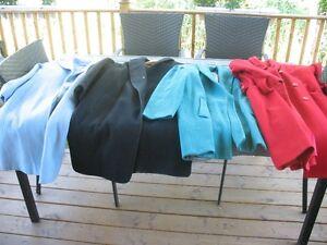 4 manteaux en laine grandeur 12 ans vintage