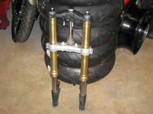 2005-06 honda cbr -600rr  front forks with triple trees