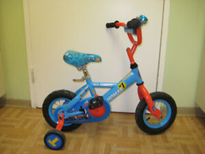 10'' bike THOMAS ALL ABOARD great gift for a boy 1-3 year old
