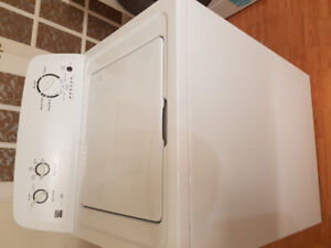 """Kenmore 27"""" top load washer four sale"""