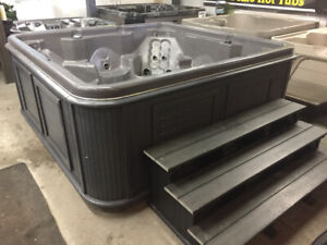 REFURBISHED HOT TUBS :  BY AJAX HOT TUB WAREHOUSE