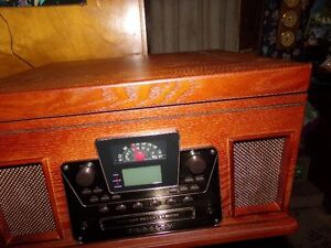 Stereo ,Crosley, turntable,C D recorder
