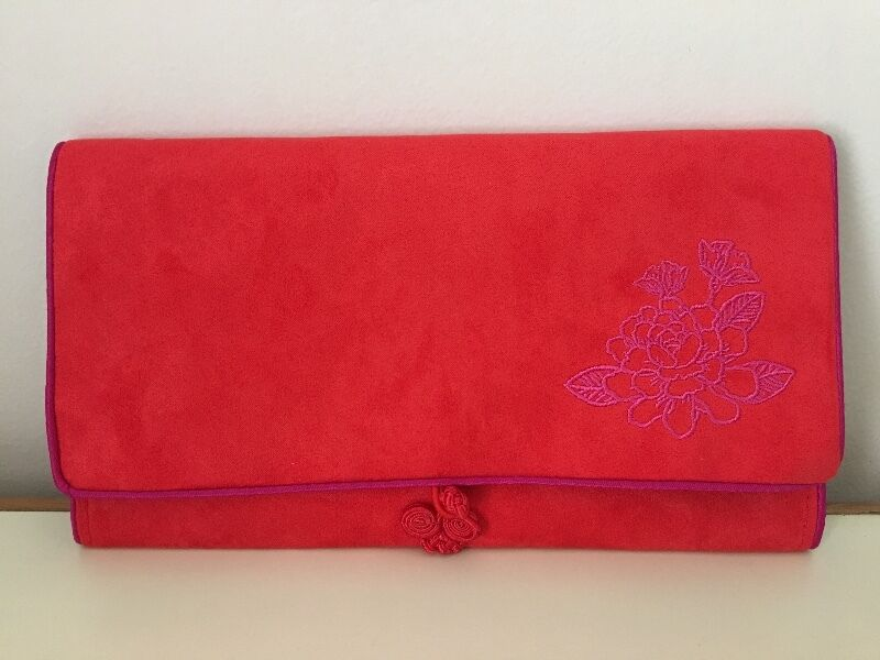 Red packets holder