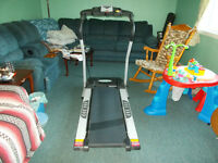 1 x  2.5 Sportcraft Treadmill