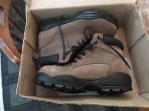 work boot size 8 1/2 brand new
