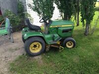 1980 212 Johndeere lawn tractor