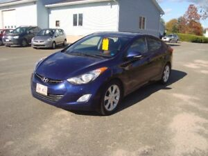 2013 HYUNDAI ELANTRA LIMITED 4DR $8500 TAX'S IN CHANGED IN NAME
