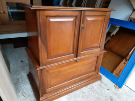 Antique M&S TV unit/ sideboard in good condition contactless delivery