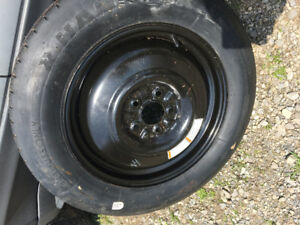 145/90R17 Temporary spare from 2004 Ford Escape