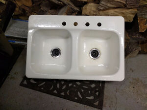 Cast iron sink, great condition