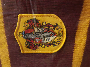 BRAND NEW - Official Harry Potter Gryffindor House Scarf