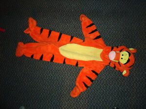 Tigger Costume in Size 3-4T***WARM*&High Quality*Official Disney