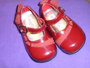 Burgundy Mary Jane Style Dress Shoes  Size 4