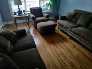 Couch living room set for sale!!