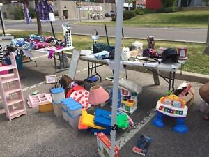 YARD SALE - Make a donation and take what you want.