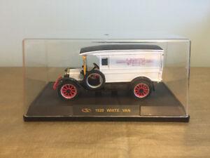 1920 White Delivery diecast Van