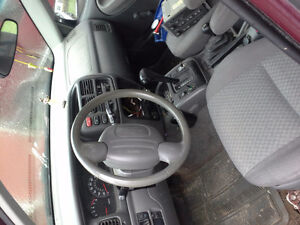2003 Chevrolet Tracker SUV, Crossover