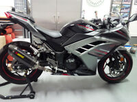Kawasaki Ninja 300 ABS Special Edition-Akrapovic SlipOn - Clean!