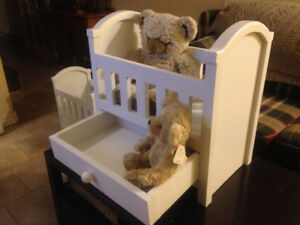 Solid wood baby doll crib