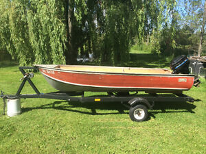 12 ft aluminum boat 7.5 merc and trailer