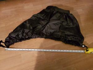 Kayak spray skirt - waterproof and adjustable
