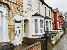 1 bedroom apartment / studio in Black Boy Lane, London, N15