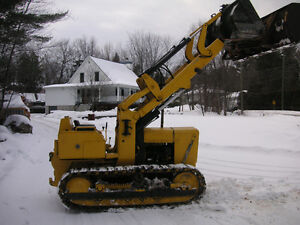 John Deere Loader/Crawler avec Backhoe