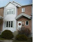 Nice house in Laval West is available for rent
