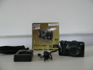 Fuji F550EXR Camera        Regular Price  * $299 *